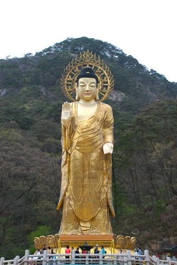 36 Maitreya Buddha of Beopjusa