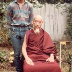 I met Kyabje Zong Rinpoche at 18 | 我在18岁那年遇见嘉杰宋仁波切 | ངས་༧སྐྱབས་རྗེ་ཟོང་རིན་པོ་ཆེ་མཆོག་ང་རང་ལོ་བཅོ་བརྒྱད་ཡོད་སྐབས་མཇལ་བ་རེད།