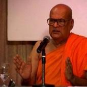 I Prostrate to Ven. Dr K. Sri Dhammananda