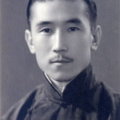 My Grandfather the Ruler of Xinjiang
