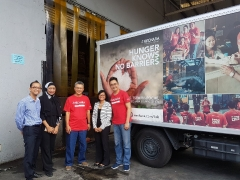 With the food truck kindly sponsored by SegiFresh, Kechara Food Bank is able to serve many more urban poor families