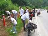 Youngsters who chose to spend a meaningful Malaysia Day by doing community work.
