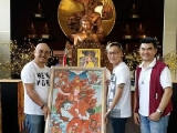 Happy visitor invited Dorje Shugden back home.