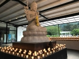 Offering light to Lama Tsongkhapa at Wisdom Hall. Read here about the benefits of offering lights to the Buddha: http://www.tsemrinpoche.com/tsem-tulku-rinpoche/buddhas-dharma/butterlamps.html