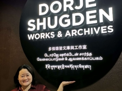 Rejoice for the Dorje Shugden works and archives in Kechara Forest Retreat! The new signage is dedicated to all the beautiful Dorje Shugden practitioners around the world for over 350 years, who have kept their commitment to their teachers to practice and hold the lineage, and share the lineage with others. Read here: http://bit.ly/2Mzm9qq