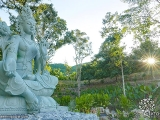 Beautiful Tara has arrived in Kechara Forest Retreat. See many more pictures: http://www.tsemrinpoche.com/?p=105289