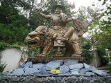 In Kechara Forest Retreat- Bentong, Malaysia, we have a beautiful outdoor offering grotto dedicated to Lord Dorje Shugden who fulfills the wishes of many visitors- https://bit.ly/2UltNE4