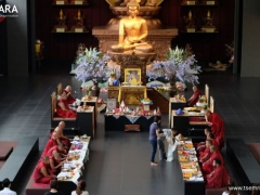 Another Yamantaka self-initiation in Wisdom Hall. The visiting sangha engaged in many rituals of Yamantaka, Vajrayogini and Vajrasattva during the 49-day period.