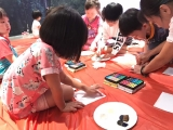 Children trying to express their thoughts into painting using Nagomi Art method. Lin Mun KSDS