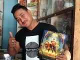 Bhagwan Dorje Shugden in Pharping , Nepali-The shop owner happily receive the blessing of Dorje Shugden, Nepal is a wonderful country ! ~ By KSDS Jayce Goh