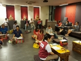 Tayatha Om Bekanze Bekanze Maha Bekanze Bekanze Raja Samugate Soha.The weekly Medicine Buddha in progress in Kechara House, Sunway Mas, last night! ~ P. Han Nee