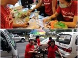 Our dedicated volunteers preparing for tonight's distribution. Everyone doing their part. ❤ Vivian @ Kechara Soup Kitchen
