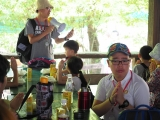 Teacher Kien lead everybody do prayers before we start our lunch. Pictures taken by Jace Chong. By Asyley Chia KSDS