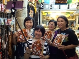 Happy Wefie customer in our stall ! Everyone love Dorje Shugden ! Louise Lee