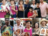 Lets see who is the lucky person to received Dorje Shugden from Kuala Lumpur Chinatown. Louise