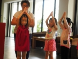 Every kids will be given opportunity to lead the class to do prostrations. Alice Tay, KSDS