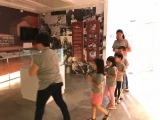 Teacher Asyley guided the young kids to do circumambulations at Gallery, Kechara House. Alice Tay, KSDS