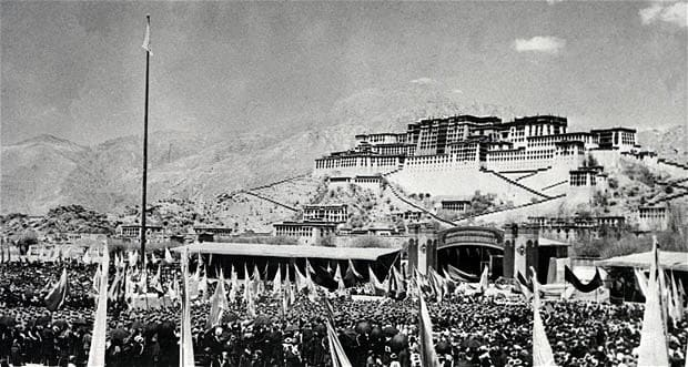 Thousands of people gathered in front of the Potala Palace in 1959, shortly before the invasion of Lhasa.