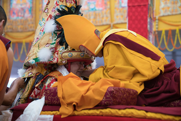 Consulting oracles is an integral part of Tibetan Buddhism. Here we see His Holiness the 14th Dalai Lama consulting the Nechung Oracle, who takes trance of Dorje Dragden – a form of Pehar.