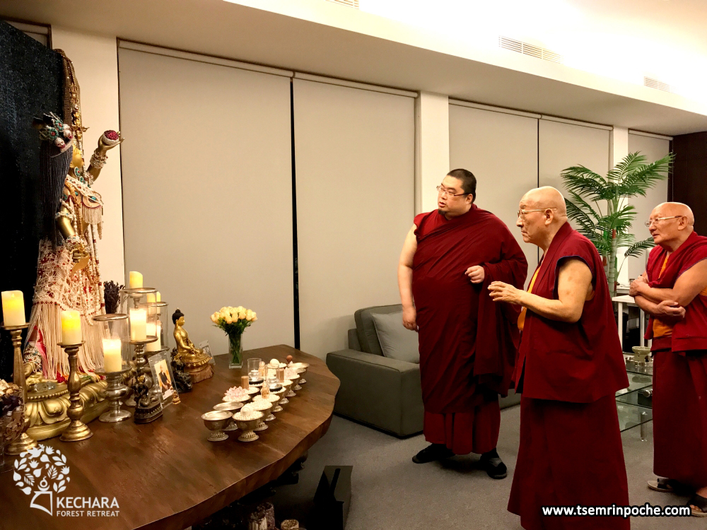 Tsem Rinpoche shows Kensur Rinpoche his personal 5ft Vajrayogini statue.