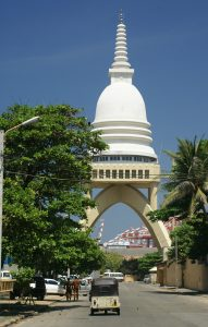 srilanka-Colombo-Fort-Sambodhi-Chaithya-Temple