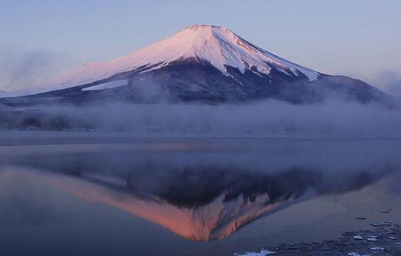 A magnificent view of Mt.Fuji