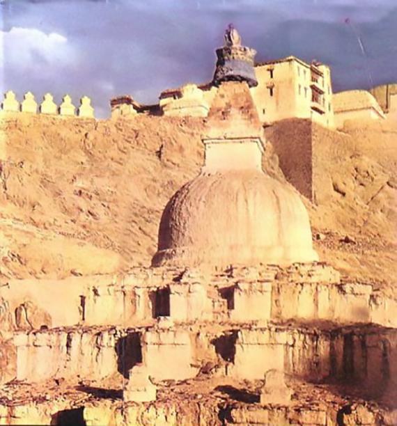 The ruins of ancient Khotan