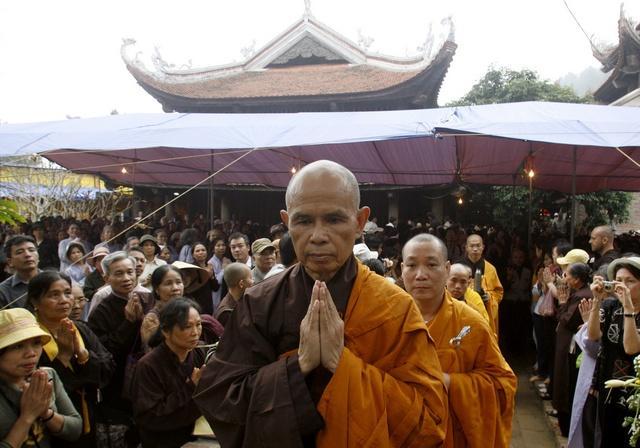 Thich Nhat Hanh's return to Vietnam in 2007