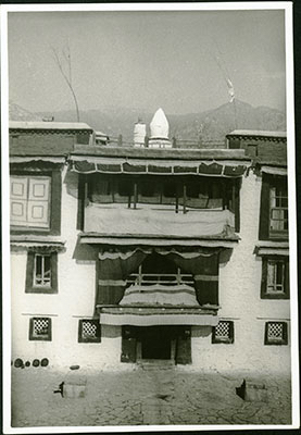 Another photo of Lhalu Mansion (January 8, 1937). Such was the prominence of the Lhalu family that even their home was the subject of photography over the years. And in spite of their immense wealth, this never distracted the great Lady Lhalu Lhacham from her practice. The writer of Pabongka Rinpoche's commentary on the generation and completion stages of Vajrayogini, which was composed after Pabongka Rinpoche's passing, stayed here in Lhalu mansion. He was fully sponsored by the Lady Lhalu, who provided him with accommodation, food and funds for the publication in 1954.