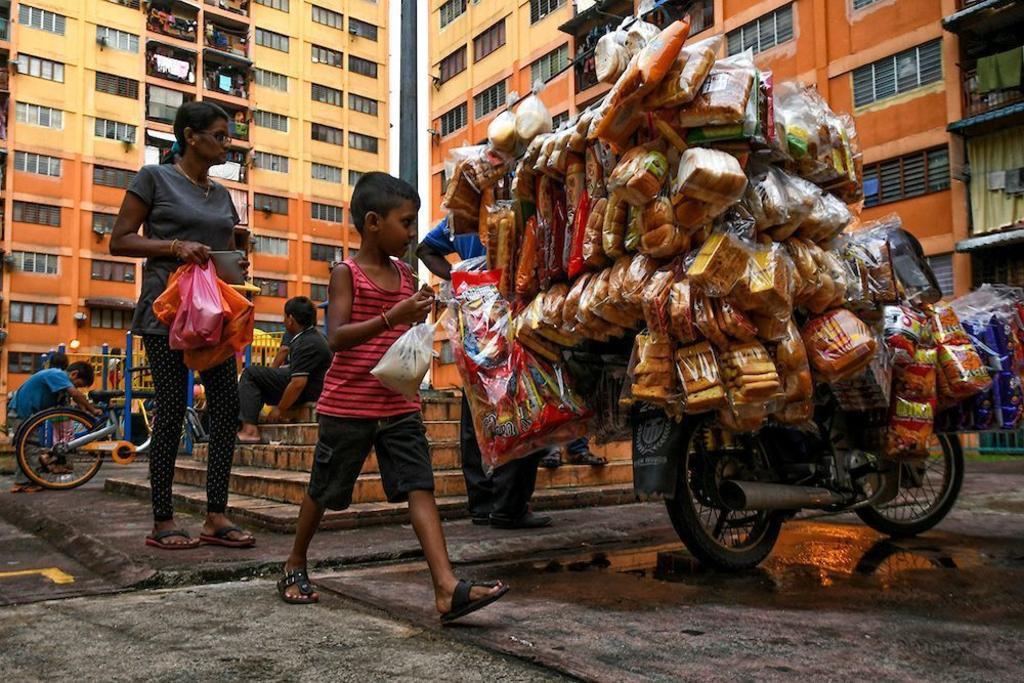 It is not uncommon to see people selling homemade and other products on the side of the street or on the backs of motorbikes in Malaysia, or even any other part of the world for that matter. But have you ever stopped and thought about the lives of these people?
